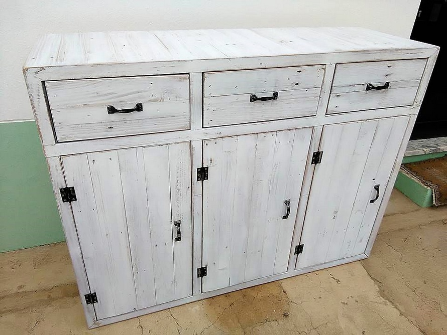 Pallets Entryway Table with Drawers