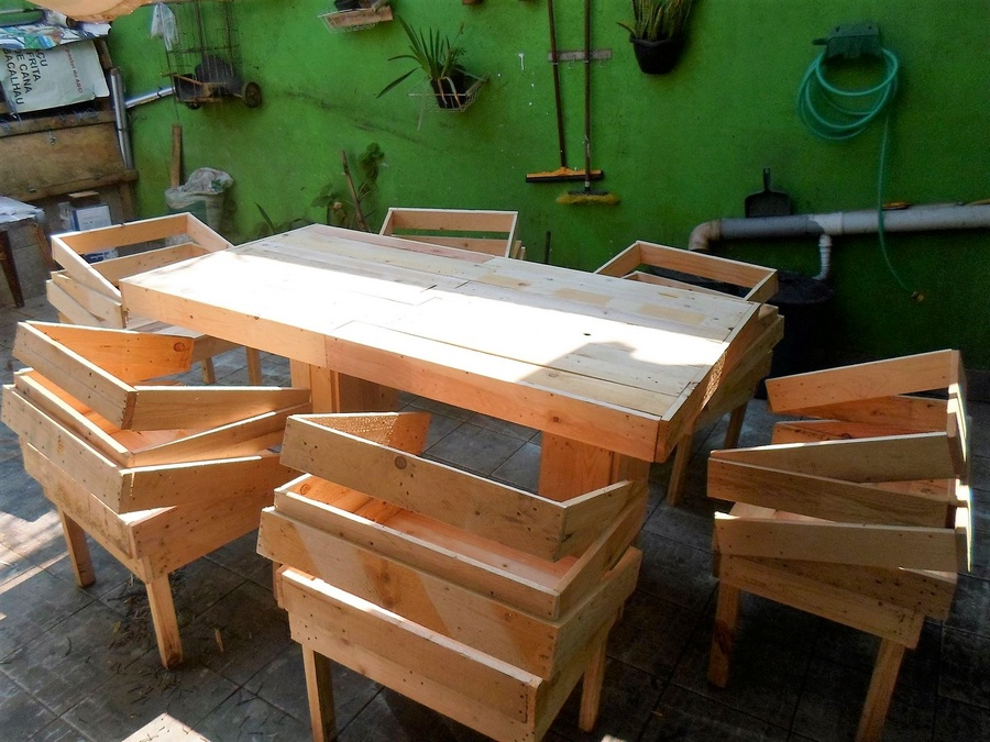 Creative Idea for Recycled Pallet Furniture
