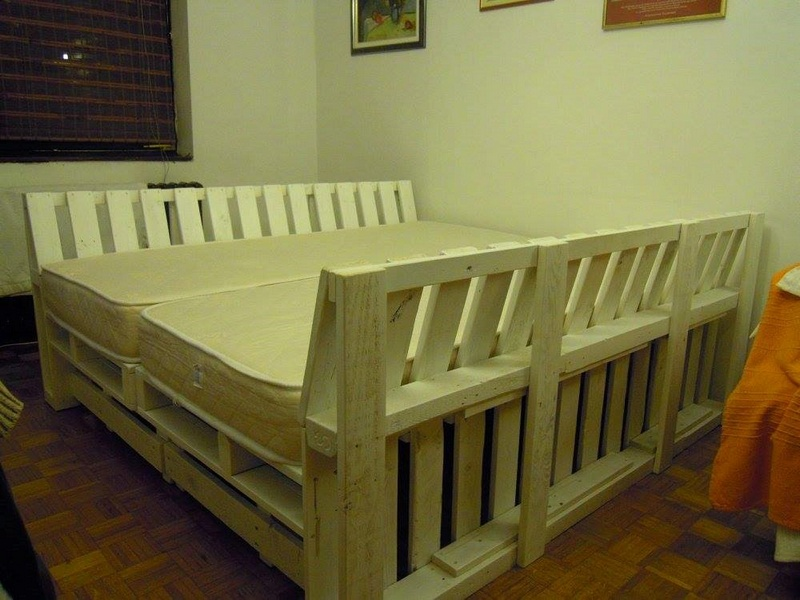 Recycled Pallet Sofa Cum Bed