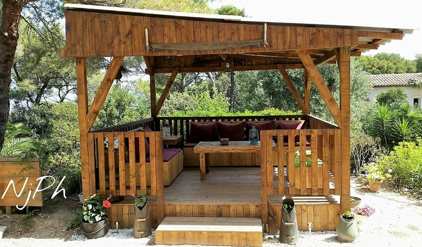 DIY Wood Pallet Garden Gazebo Deck With