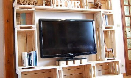 Easy Recycling Ideas to Build with Wooden Pallets