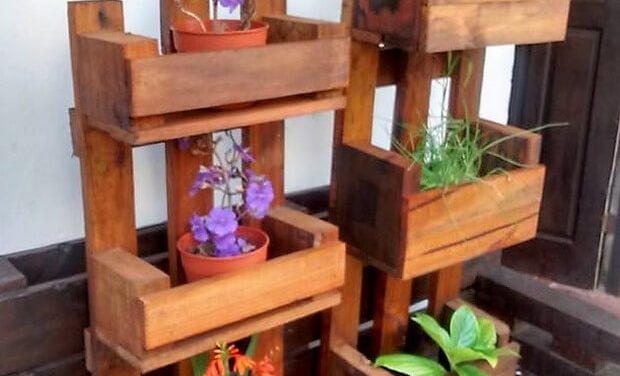 Reused Pallets Wooden Made Pots Stands