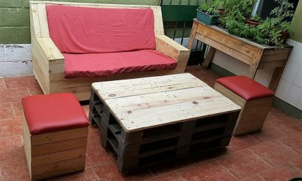 Repurposed Wooden Pallets Outdoor Couch Set