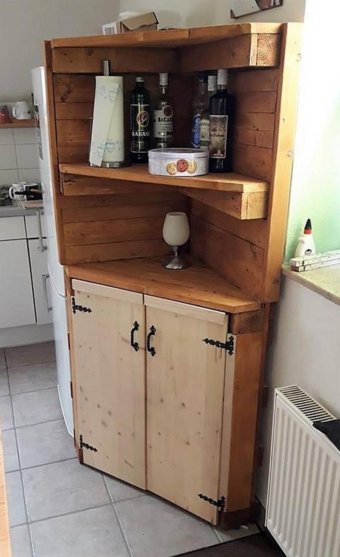 pallet kitchen corner shelf