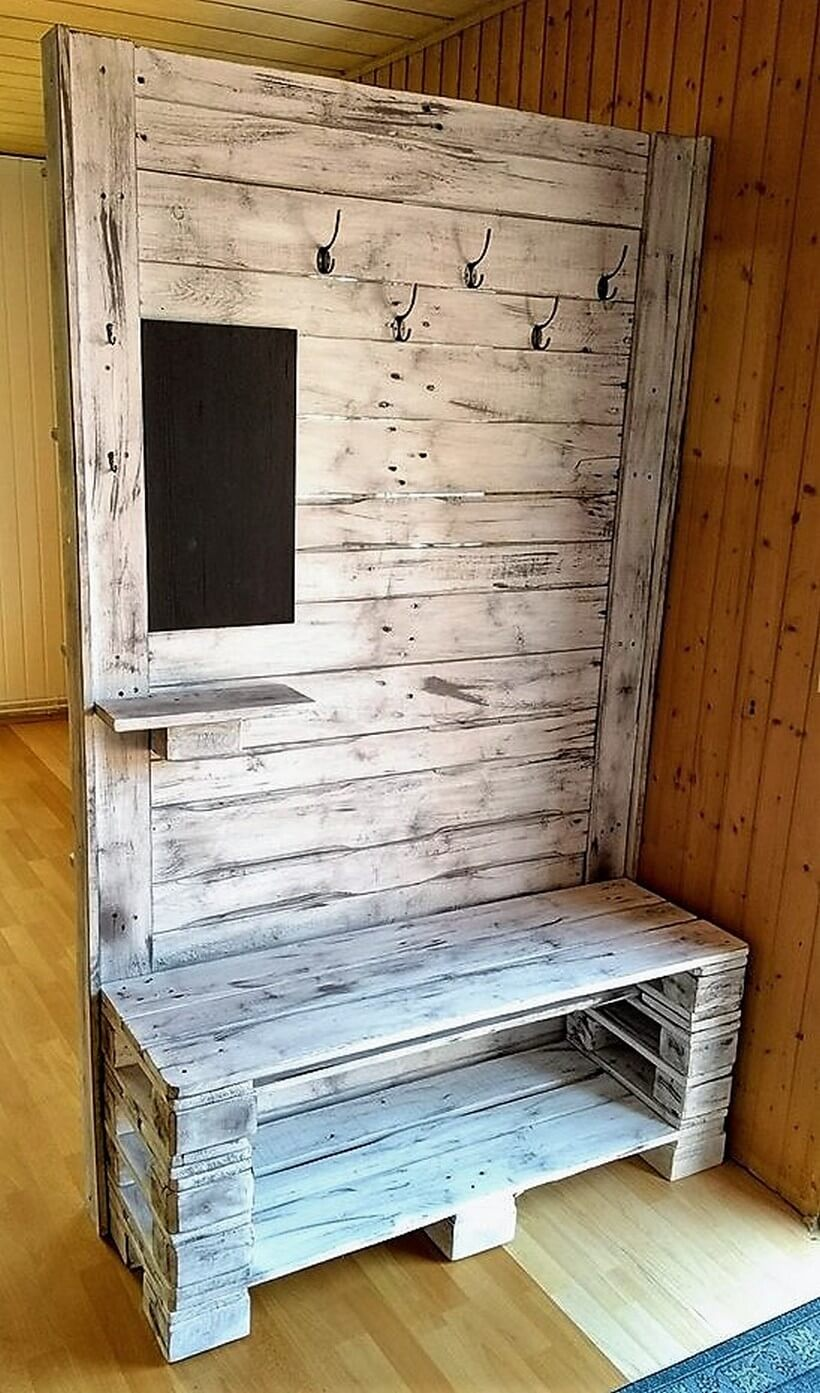 pallet Wardrobe with bench and board.