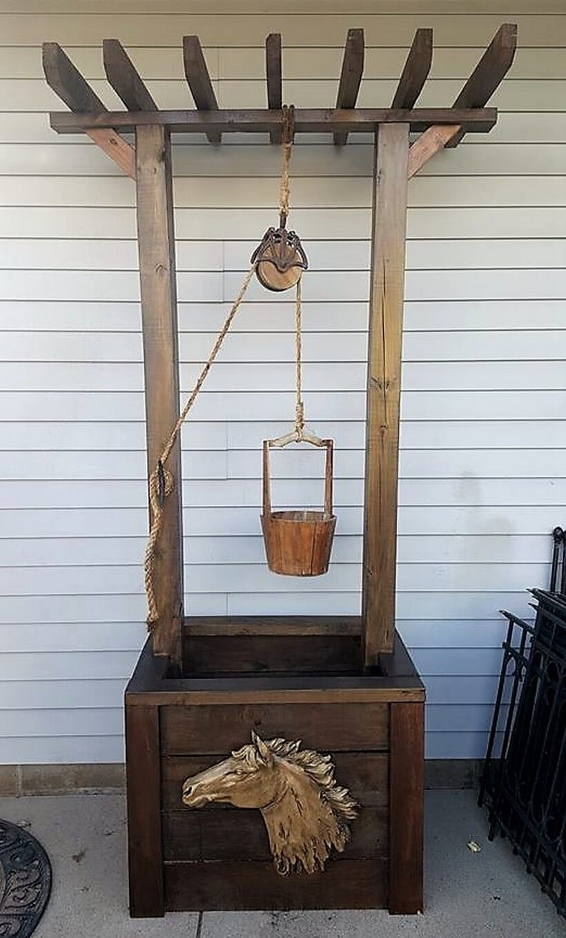 wooden pallet wishing well craft 2